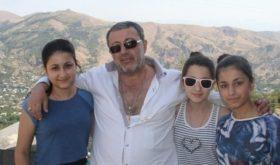 «Убивать буду»: в Сети появилась переписка Михаила Хачатуряна со старшей дочерью