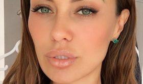 Виктория Боня поделилась, как избавилась от отеков на лице, поменяв режим дня