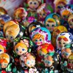 Лучшие российские сувениры в подарок заграничным друзьям