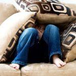 Сидячий образ жизни увеличивает риск депрессии у подростков