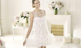 Преимущества свадебного платья мини