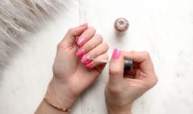 Трепетный маникюр: как бороться с ломкостью ногтей