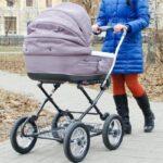Как выбрать детскую коляску для малыша?