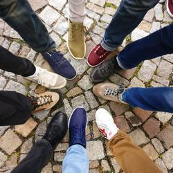 Летняя обувь — спортивная тема рулит: кеды и кроссовки 2020