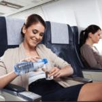 Роспотребнадзор рекомендовал авиакомпаниям заполнять самолеты на 50%