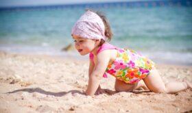 Будем с ребенком купаться, плавать, нырять и плескаться!