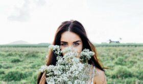Не трогай руками: 5 ошибок, которые усиливают акне