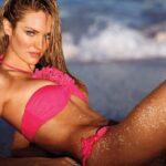 Выбор оптимального пляжного гардероба: купальник, парео, тапочки