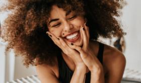 Зуб разрушился, но не до конца: варианты решения проблемы подсказывает эксперт
