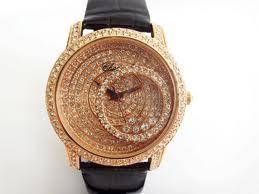 Как выбрать ручные женские часы?