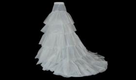 Особый элемент свадебного наряда — подъюбник