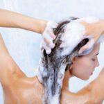 Как выбрать шампунь для сухих на кончиках и жирных у корней волос?